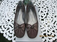 VAN DAL BROWN SUEDE TOPAZ SHOES WITH BOW DETAIL LOW HEELS COURT SHOES SIZE 5 UK