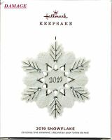 SNOWFLAKE WITH GEMS 2019 HALLMARK PREMIUM PORCELAIN KEEPSAKE ORNAMENT NEW