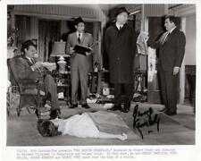 P082  GEORGE KENNEDY signed still '68 w/detectives at murder scene;