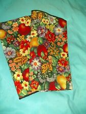 Set of 2 Apple Pear and Flowers Napkins Luncheon Dinner Supper Cloth Napkins