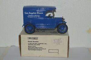 1989 ERTL 1917 Model T Bank Los Angeles Times #7667 1:25 Blue Diecast Used
