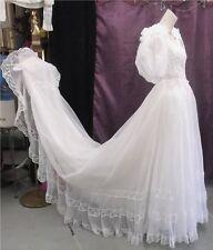 60s PUFF SLV Wedding Gown w/accordian pleated trim szSm