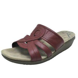 Baretraps Findie Dark Red Slide Sandal Low Wedge Slip On 7.5W