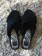 Dolce Vita Black Suede Sandals Sz 6.5