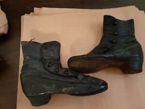 Antique Victorian Childs Leather Boots Shoes Side Button Scalloped Tops 5 inchs