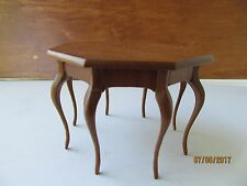Dollhouse One Inch Scale Bespaq 8 Leg Table