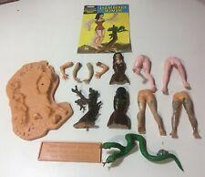Aurora Prehistoric Scenes Cro-Magnon Woman with NICE instructions! NO BOX! #731