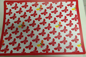 PLACE MATS VINYL EASY CLEAN FOR USE INSIDE OR OUT