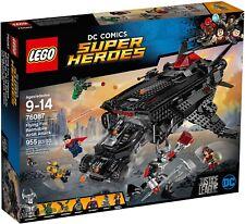 LEGO Super Heroes 76087 Renard Volant: Attache Au Pont Avion Avec La Batmobile