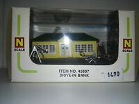 BACHMANNDRIVE IN BANK  N SCALE NUEVA !!!! OLD STOCK