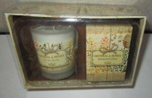 MICHEL DESIGN WORKS~OATMEAL & SWEET HONEY Candle & Soap Gift Set