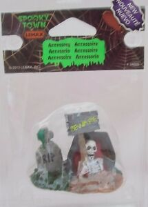 Lemax Spooky Town Accessory Figurine Tombstones with Skeleton #34609 @2013 NEW