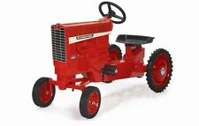 Case IH 1256 Pedal Tractor