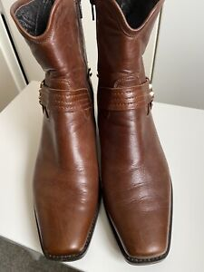 russell and bromley boots Size 39