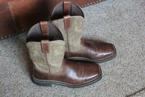Justin Boots Square Toe Leather Western/Cowboy Boots Men's Sz. 8.5 D