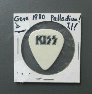 KISS guitar pick touring pick black on white logo & signature Palladium 1980  !