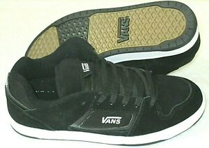 Vans Mens Docket Classic Suede Skate shoes Black White Cushioned NWT VN000KWN0XT