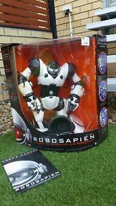 "Original 2004 WowWee Robosapien Large 14"" Robot Space Toy Complete w/Box Working"