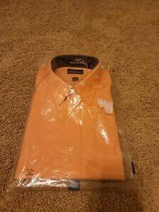 Dockers Men's Button Up Shirt Melon Peach Color Size XL (17/17.5-34/35)