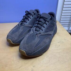 AUTHENTIC Adidas Yeezy Boost 700 Utility Black Men's Size US 12 FV5304