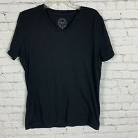Pistol Lake Men's Black V-Neck Shirt Size Medium Short Sleeve Tee T-shirt