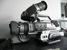 SONY VX 9000 D V CAMCORDER, VERY GOOD WORKING CONDITION, WITH CARRY CASE & MORE