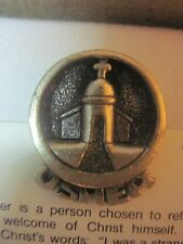 PEWTER USHER'S LAPEL PIN