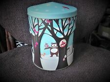 COLLECTABLE MUSICAL BISCUIT TIN ROTATING SNOWY WOODLAND ANIMALS MARK SPENCER