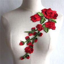 ACD46  ** 13 x 31,5 cm ** GRANDE APPLIQUE BRODÉE - FLEURS ROSE ROUGE FEUILLES