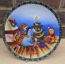 DISNEYLAND PARIS Winnie the Pooh Collector Plate