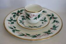 Mikasa Ribbon Holly Christmas Dish Set Dinner Plate Tea Cup Saucer Gold Trim