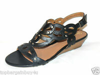 "CLARKS LADIES ""PLAYFUL TUNES"" BLACK LEATHER SANDALS SIZE 4D.NEW"