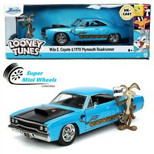 Jada 1:24 - Hollywood - Looney Tunes 1970 Plymouth Road Runner w/ Wile E Coyote
