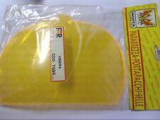 Visiére jaune largeur max 17cms longueur 24 cms