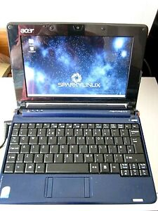 Acer Aspire One ZG5 Laptop Linux OS Excellent Condition Metalic Blue With Bag!!