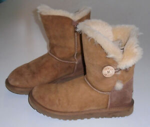 UGG Australia BAILEY BUTTON Bomber Boots BRWN 5838 Leather Sheepskin Shearling 8