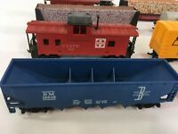 HO scale Train Randoms Tyco 11 total pieces