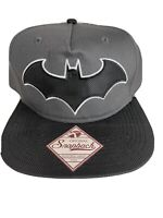 BATMAN Snapback CAP DC Comics Bioworld Embroidered Black White Bat Logo New  Hat