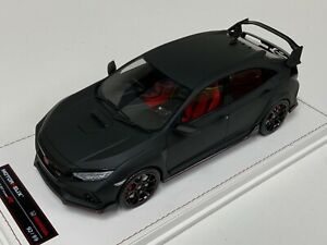 1/18 MotorHelix Honda Civic Type right Hand Drive in Matte Black Leather base
