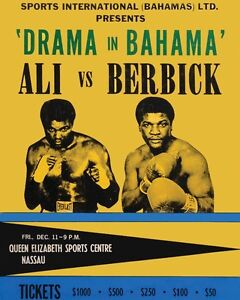 MUHAMMAD ALI vs TREVOR BERBICK 8X10 PHOTO BOXING POSTER PICTURE