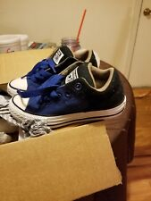 youth boys converse size 11 shoes used - great condition.