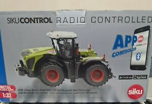 SIK6791 - Tractor Claas Xerion Remote Control