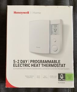 Honeywell RLV4305A 5-2 Day Programmable Thermostat for Electric Baseboard Used
