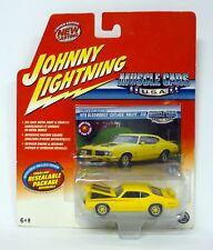JOHNNY LIGHTNING 1970 OLDSMOBILE CUTLASS RALLYE 350 Muscle Cars USA MOC 2004