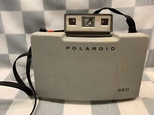 Vintage POLAROID Automatic Land Camera Model 320