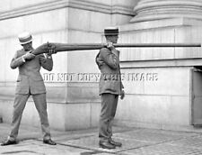 ANTIQUE REPRINT 8X10 PHOTOGRAPH MASSIVE DUCK HUNTING PUNT GUN > VERY COOL