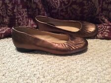 WOMENS 10 ANA Bronze Real Leather shoes PRETTY! Barley worn