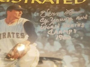 Vern Law Pirates Signed 11x14 Sports illustrated Inscribed World Series Champs