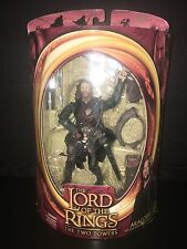 The Lord of Rings The Two Towers, Aragorn with Real Arrow Launching Action
