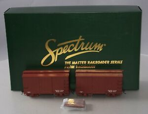 Bachmann Spectrum 26501 On30 Data Only 18' Wood Boxcar Oxide Red (Set of 2)